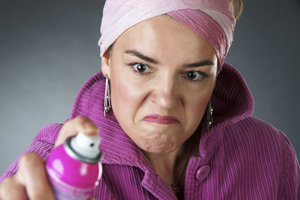Zweetgeur uit kleding zonder wassen