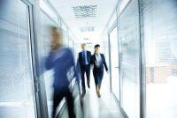 Keelpijn door de airconditioning in het kantoor - wat te doen?