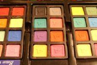 Kleur Consultant: Selecteer de kleur van de muur in de woonkamer tijdloos elegante