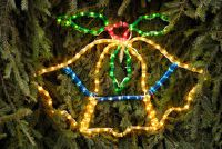 Kerstmis - Installeer buitenverlichting