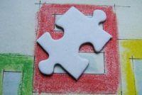 Houten puzzel met de oplossing - zodat je sleutelen een multiplex puzzel voor jonge kinderen