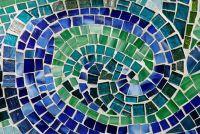 Mosaic bestrating in verlegenheid gebracht - dus je tuinpaden van natuursteen maken
