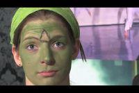 Halloween - dus je make-up kinderen om kleine monsters