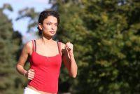 Zich te ontdoen van vet op de maag - hoe het werkt met duurtraining