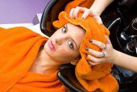 Vrouwen met bakkebaarden - van de kapper, je kunt jezelf zo verwennen