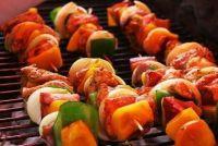 Het maken van spiesjes voor het grillen van zichzelf - recept voor een marinade
