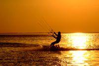 Kite surfen in de Canarische Eilanden - Travel Tips voor populaire surfspots