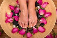 Eelt op je tenen - zodat je gehavende voeten met huismiddeltjes onderhouden
