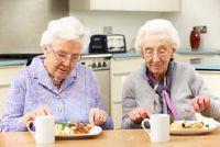Voor senioren gelden voor een noodsituatie zender - hoe het werkt