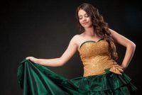Kies kleren voor de prom - en hier is elegant