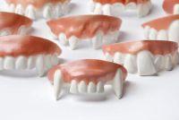 Scherpen tanden - dus je vampier tanden