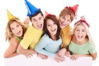 Organiseer verrassing verjaardagsfeestje voor haar vriend - dus u verbazen