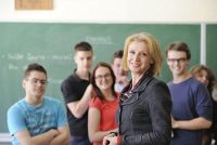 Verdien leraren meer dan opvoeders?  - Een salaris vergelijking