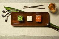 Met chopstick voedsel - Instructies