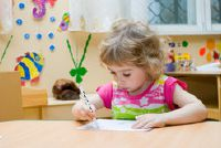 Luister Engels Children's Songs - zodat u het belang van uw kinderen een vreemde taal aan te trekken