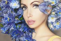 Donkerblond haar en blauwe ogen - welke kleuren passen?