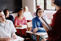 Schrijf een begeleidende brief voor de baan als leraar