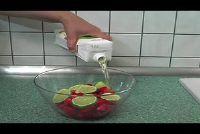 Nonalcoholic bereiden aardbei punch - een recept met limoensap