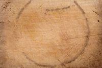 Glas indruk op houten tafel - wat te doen?