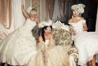 Een trouwjurk voor carnaval - dus slagen het Panel