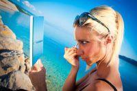 Bouw een vergrotende spiegel zelf - dus maak er het