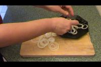 Snij uienringen - dus het zal werken