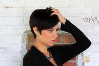 Zwart haar en blauwe ogen - make-up tips