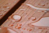 Bankirai traktatie - zodat u het tropisch hout goed te onderhouden