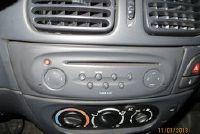Sluit de AUX-kabel aan op de autoradio - hoe het werkt