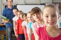 Als jongens en meisjes afzonderlijk worden onderwezen?  - Voordelen en nadelen