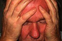 Nerveuze spiertrekkingen van het oog - wat te doen?