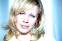 Diepe stem als een vrouw - zo gaan met het vertrouwen bestellen