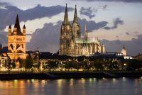 Wat te doen in Keulen - dus de avond in de kathedraal van de stad wordt een ervaring