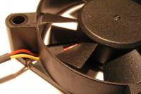 Een ventilator knutselen van een PC fan - hoe het werkt