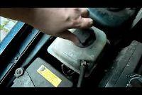 Hoe kan ik in mijn auto te vullen na de koelvloeistof?