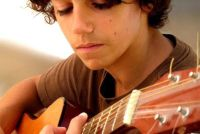 Componeren goede ballads zichzelf op de gitaar - hoe het werkt