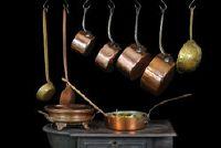 Gebruik een pan op inductie - is om aandacht te betalen: gietijzer
