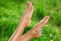 Handhaaf gebarsten hielen - dus schrale huid is glad en soepel weer