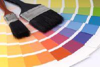 Beige muren - dus kun je beginnen met het creëren van mooie kleuraccenten