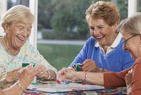 Senior leefgemeenschappen - een alternatief voor de oude mensen thuis?