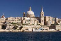 Neem de veerboot naar Malta - zodat je ontspannen aankomt