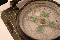 Handleiding voor een kompas - dus profiteren van het in de grond