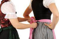 Dirndl-loop links of rechts - dus ga Zünftig het Oktoberfest