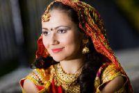 Bollywood jurk - dus je slaagt in een authentieke outfit
