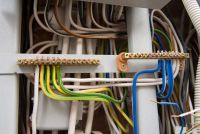 Houd de kosten laag voor elektrische installaties - dus plan rendabel