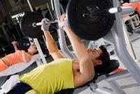 Maak de borst workout goed - Dips