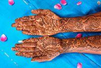 Wat doet een henna tattoo?