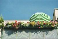 """""""Hoe leggen op het balkon vloer?""""  - Zo is het mogelijk met een grastapijt"""