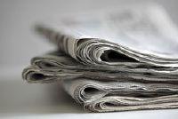 Hoe maak je een krantenartikel voor de school te schrijven?