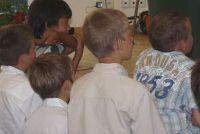 Engels sketches - hoe ze te spelen in de basisschool